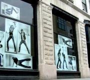 15-retail-windows-vinyl-graphics