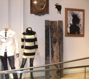 9-retail-in-store-digital-flatbed-print-to-wood