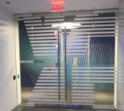 entry-glass-doors-at-Warner-Media-_Hudson-Yards-